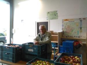 Al het Beemster fruit klaar voor de voedselpakketten bij de voedselbank